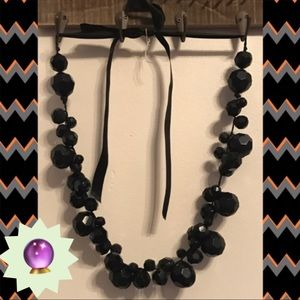 Jewelry - 20% 🔮 Black baubles w Ribbon Closure necklace